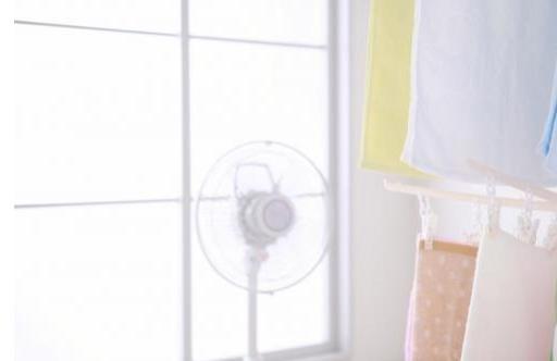 梅雨 部屋干し 早く乾かす方法