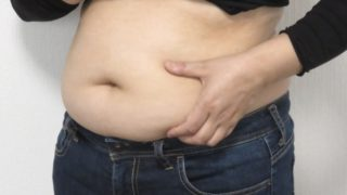 お腹 脂肪 原因